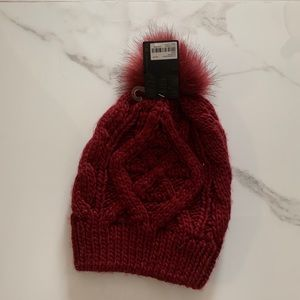 Forever 21  knitted beanie